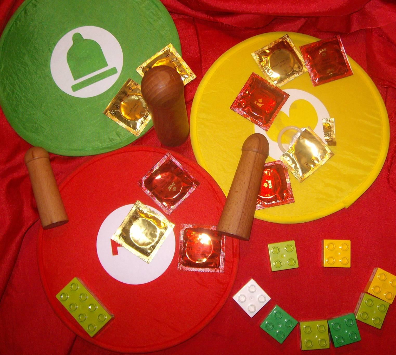 Kondome mit Dildos